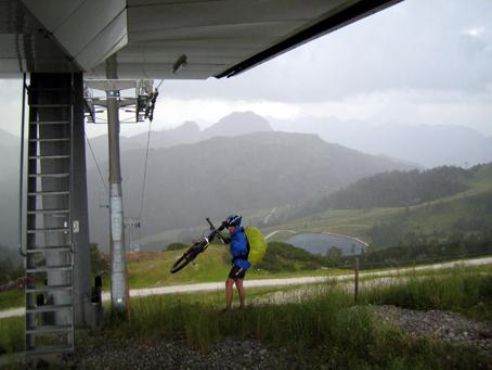 Indikator unter der Seilbahnstation