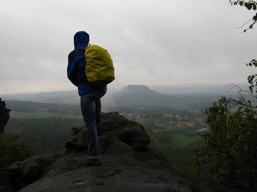 Der Wanderer im Nebelmeer auf dem Gohrischstein